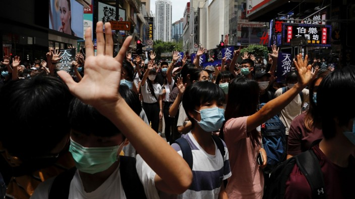 Anti-government protesters march again Beijing's plans to impose national security legislation in Hong Kong