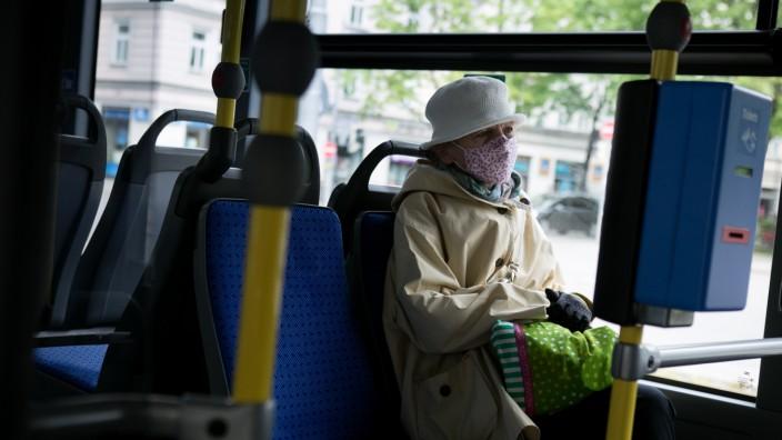 Masken im MVV, Öffentliche Verkehrsmittel