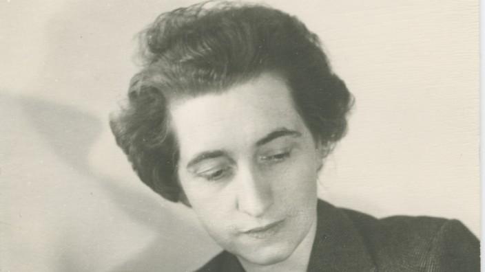 Helen und Kurt Wolff, Pressebild vom Weidle Verlag, nur im Zusammenhang mit der Rezension von Helen Wolffs ersten Buch.