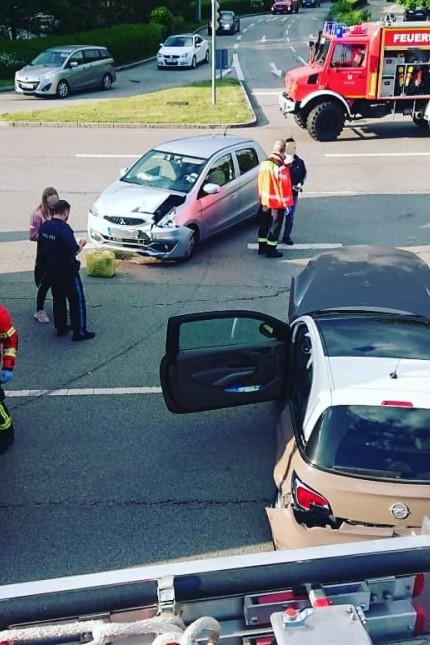 Feuerwehr Grasbrunn Unfall B 304