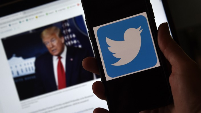 US-Wahl: US-Präsident Donald Trump erreicht auf Twitter deutlich mehr Menschen als sein Herausforderer Joe Biden. Aber der hat seine eigene Online-Strategie.