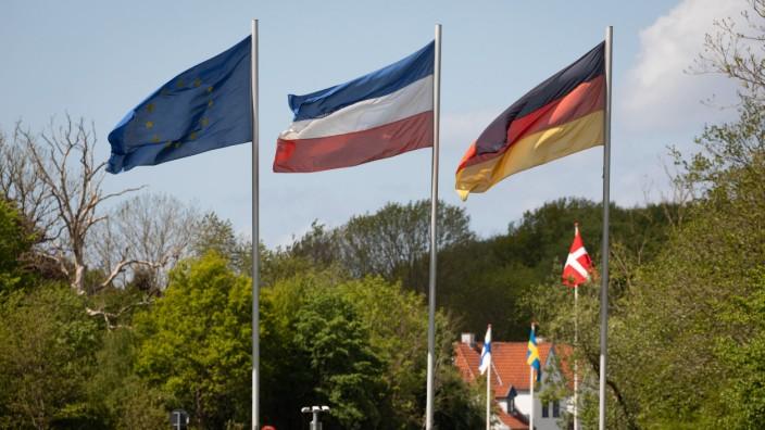 Europaminister Claussen besucht deutsch-dänische Grenze