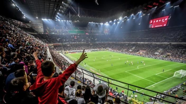 Photo Claudio Furlan/LaPresseSeptember 21, 2019 Milan, Italy soccer Milan vs Inter - Italian Football Championship Leagu; Inter Mailand, AC Mailand, San Siro