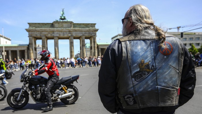 May 31, 2020, Berlin, Berlin, Germany: Bikers take part in a demonstration against a proposition law that aimed at restr