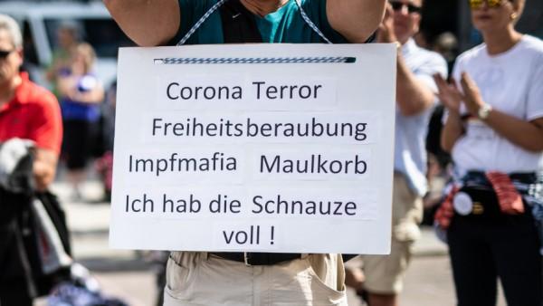 Demonstration der Initiative 'Querdenken 711'