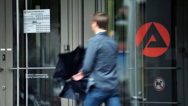 Arbeitsmarkt - Agentur für Arbeit