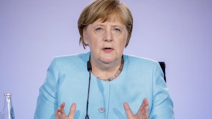 Pressekonferenz zur Vorstellung des Konjunkturpaketes nach dem Koalitionsgipfel von SPD und CDU/CSU. Bundeskanzlerin An