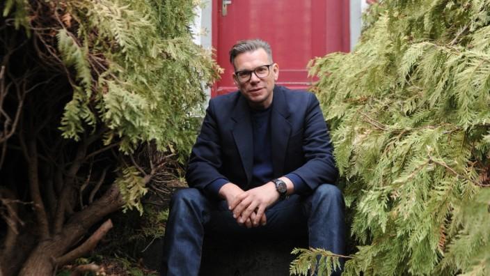 Emanuel Mooner bei Kunstaktion in München, 2019