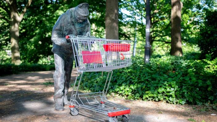 Bronzefigur in Bremen sorgt für Rätsel