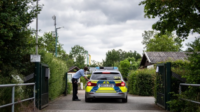 Police Make 11 Arrests In New Paedophile Case