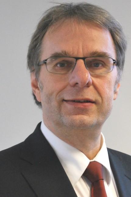 Heinz Klewe, Geschäftsführer der Schlichtungsstelle für den öffentlichen Personenverkehr