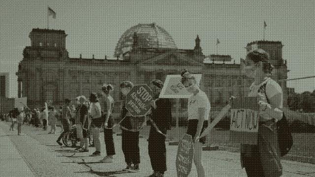 Demonstration vor Koalitionsgipfel