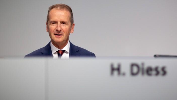 Hauptversammlung 2019 der Volkswagen Ag Herbert Diess, Vorsitzender des Vorstands der Volkswagen AG, bei der Hauptversa