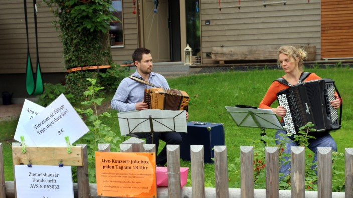 Konzert am Gartenzaun