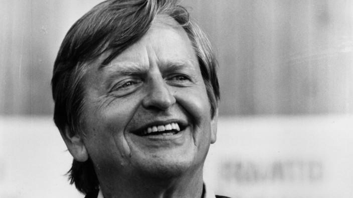 The Swedish politican Olof Palme photographed 1975