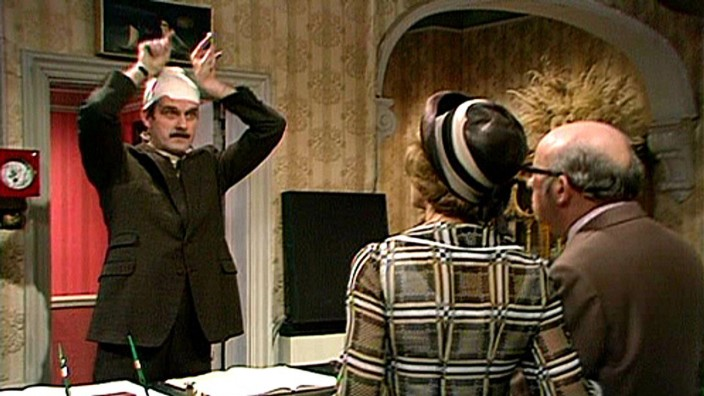"""Fawlty Towers: John Cleese in der Folge """"The Germans"""""""