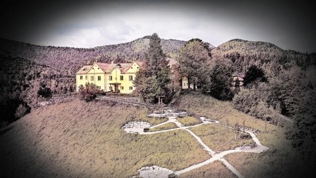 Das Kloster Maria Eck liegt im Chiemgau,