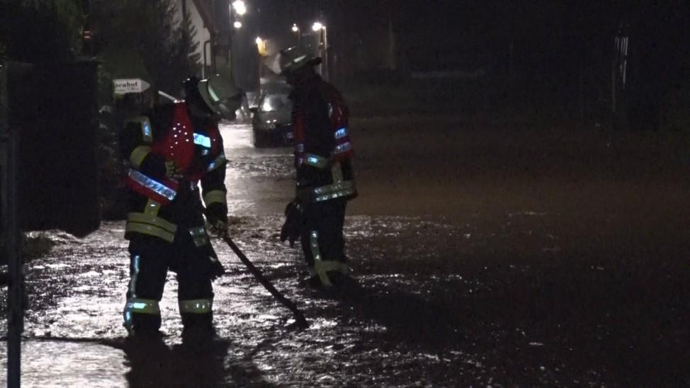 200614 Unwetter. Schwere Überflutungen durch heftige Gewitter mit extremen Starkregen in Thüringen. Betroffen war vor a