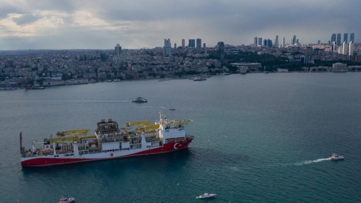 Turkey's Drilling Vessel Sails to the Black Sea
