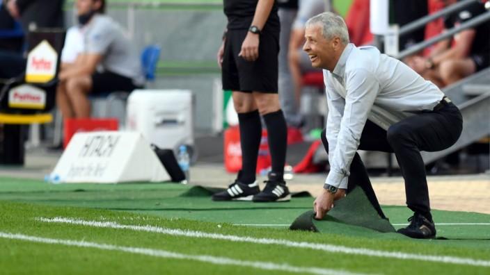 Borussia Dortmund: BVB-Trainer Lucien Favre beim Spiel gegen Fortuna Düsseldorf