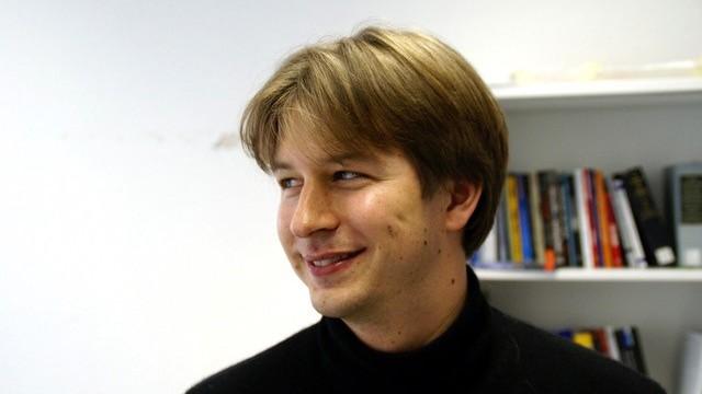 Dr. Julian Junk, Konfliktforscher