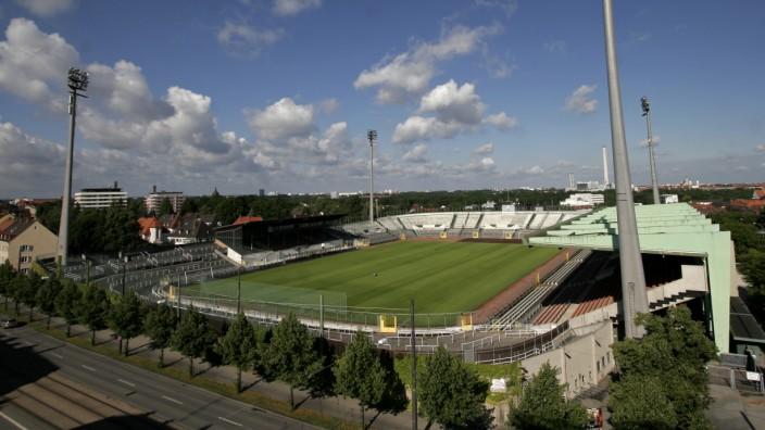 Städtisches Stadion an der Grünwalder Straße in München, 2007
