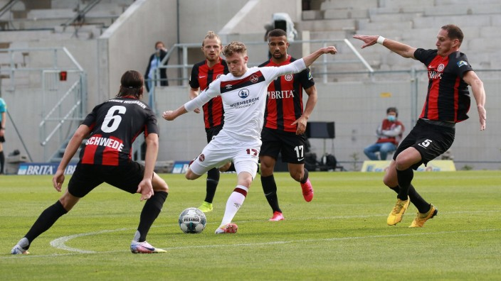 16.06.2020, xavx, Fussball 2. Bundesliga, SV Wehen Wiesbaden - 1.FC Nuernberg emspor, v.l. Robin Hack (1.FC Nuernberg)