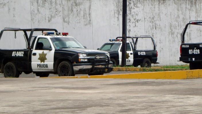 32 PRISONERS ESCAPE FROM THREE DIFFERENT JAILS IN VERACRUZ, MEXIC