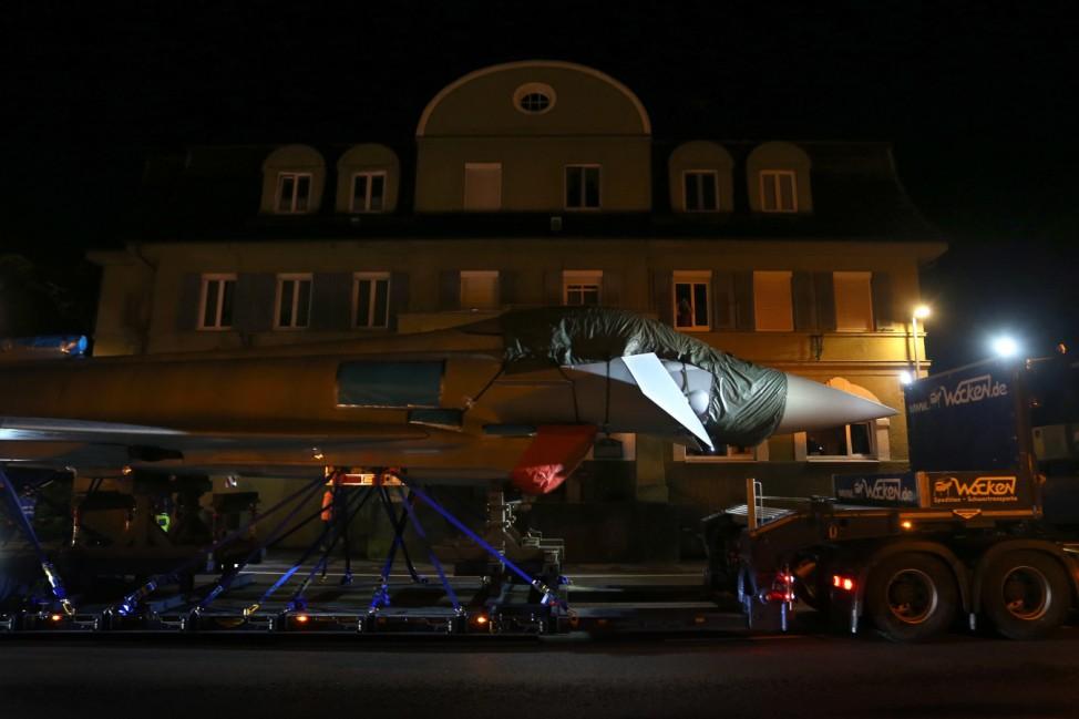 Bundeswehr verlegt Eurofighter auf dem Landweg
