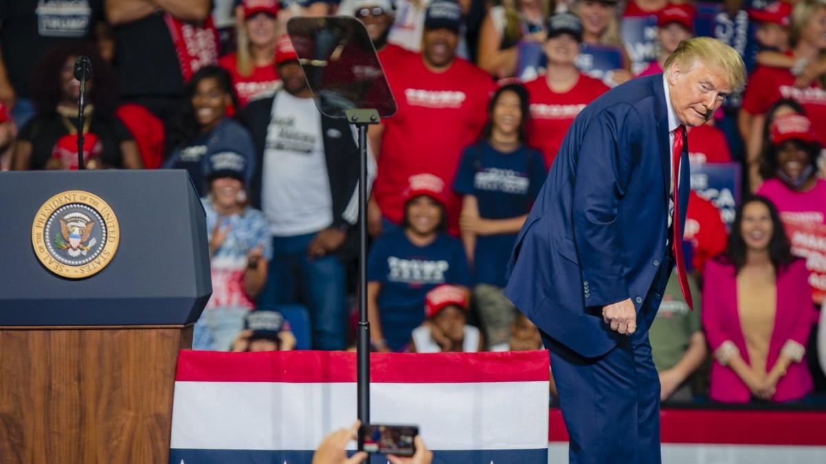 US-Wahlkampf - Trump aus dem Tritt