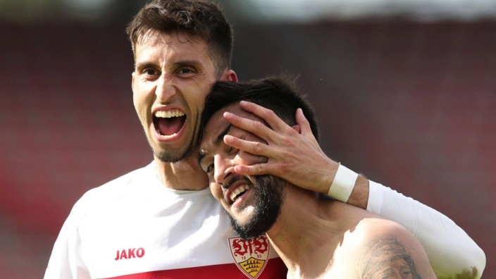 ***Bestpix*** 1. FC Nürnberg v VfB Stuttgart - Second Bundesliga