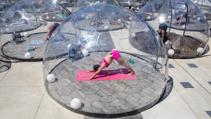 Bubble Yoga in Toronto