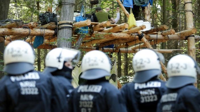 Polizeiaktion im Hambacher Forst
