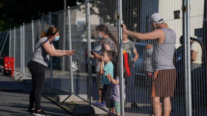 Guetersloh Region To Go Into Lockdown Following Over 1,500 Confirmed Covid-19 Cases