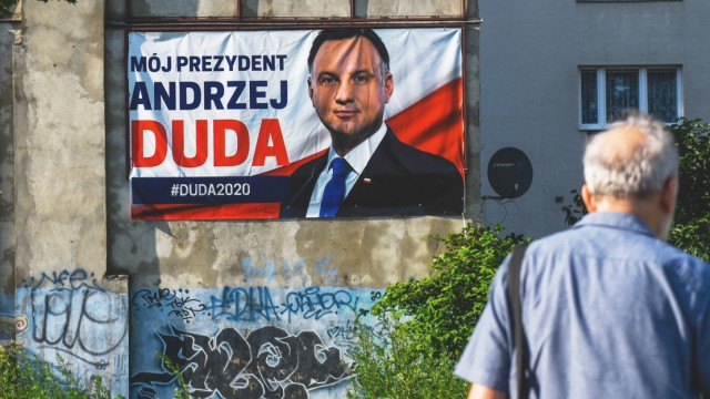 Polish Political Parties Campaign Ahead Of Sunday's General Election