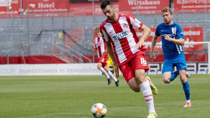 Luca Pfeiffer (FC Würzburger Kickers 16) FC Würzburger Kickers vs. FC Hansa Rostock, Fußball, 3. Liga, 36.Spieltag, 27.