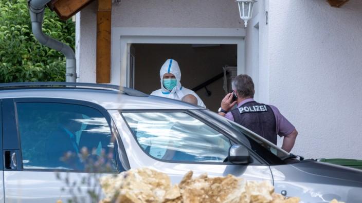 Zwei Tote in Wohnhaus in Schwandorf in der Oberpfalz gefunden