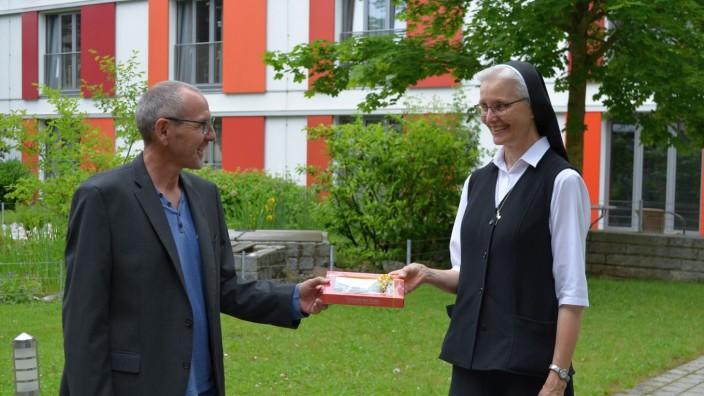 unsere neue Oberin, ggf. möchten Sie Sr. Klara, Theresianum Fürstenfeldbruck
