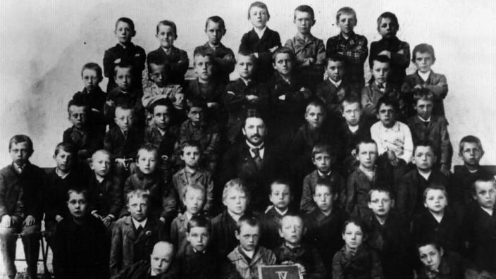 """Ausstellung: """"Der junge Hitler. Prägende Jahre eines Diktators"""", Museum Niederösterreich"""