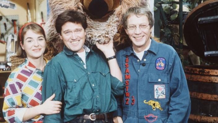 Gernot Endemann - Sesamstraße (v. li.) K. Sprick, J. Delbridge , Samson, G. Endemann 11/91 dar Fernsehen Serie Puppe TV-Produktion Sesams