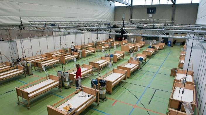 Hilfskrankenhaus in der Ebersberger Dr.-Wintrichhalle, 2020