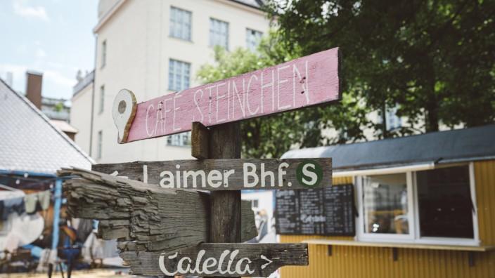 Café Steinchen in Laim: Das Café Steinchen darf zunächst befristet bleiben.