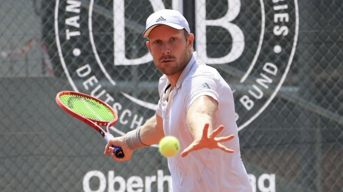 Matthias Bachinger, Tannenhof Resort German Men s Series, DTB German Pro Series, TennisBase, Oberhaching-Muenchen. - Tan; Tennis