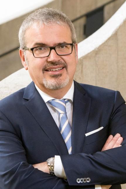 Prof. Christoph Kaserer, Fotografin:  Astrid Eckert Forum am 6.7.2020