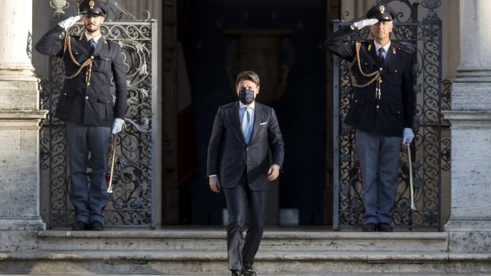 Italien: Premierminister Giuseppe Conte während der Corona-Pandemie in Rom
