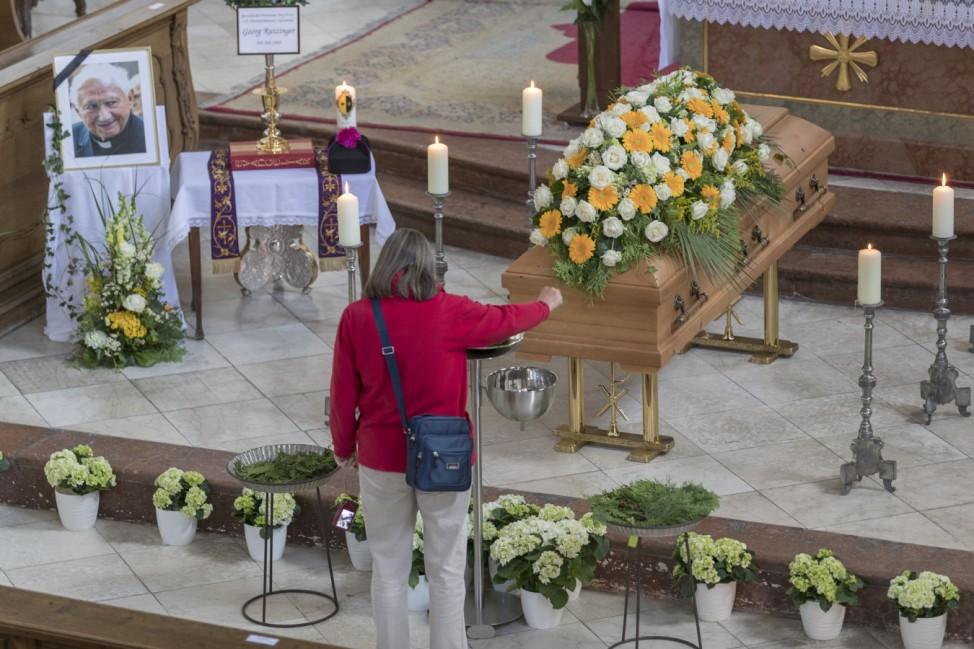 Abschied von Georg Ratzinger - Aufbahrung
