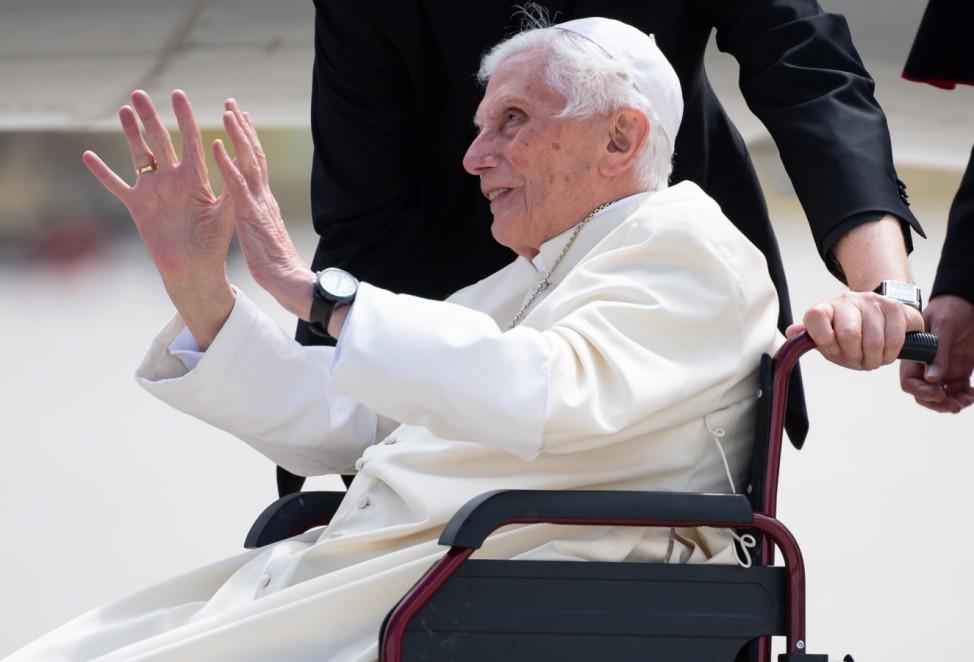 Papst Benedikt reist zurück in den Vatikan