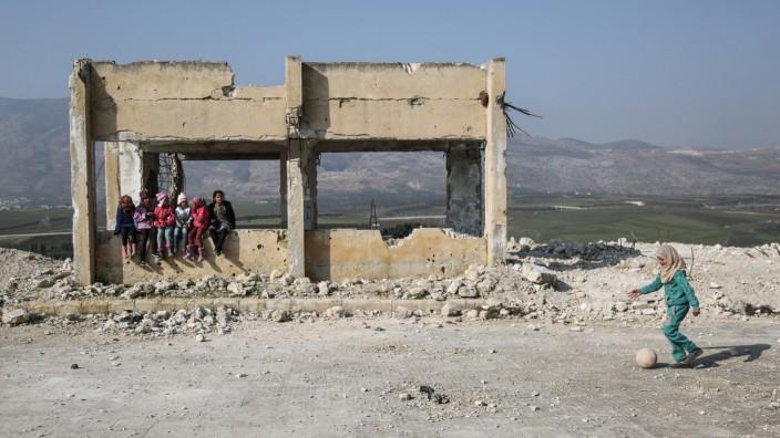 UN-Bericht wirft Syrien Angriffe auf Kliniken und Schulen vor