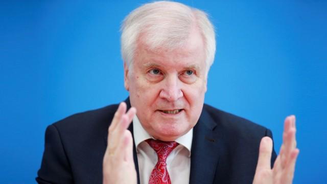 Seehofer Verfassungsschutzbericht