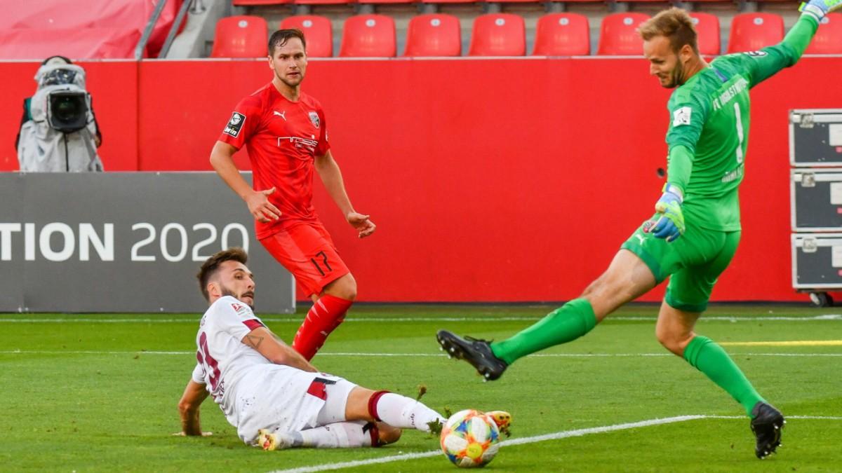 Relegation: Der Fußballgott reicht Nürnberg die Hand